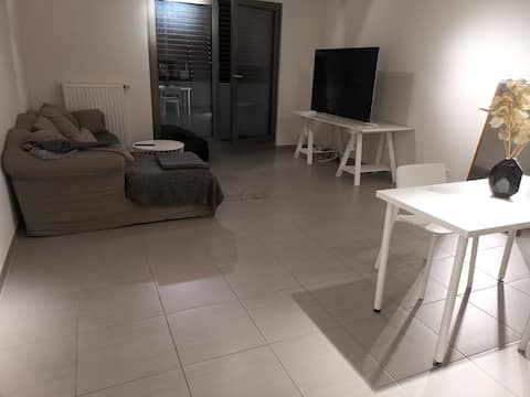 Lovely modern entire apartment in Belval