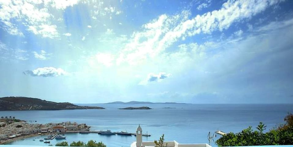 Overlooking Mykonos  (7 & Guest Room for 2)