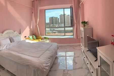 大润发日租公寓近火车站龙湾海滨龙回头汽车站民宿酒店式公寓