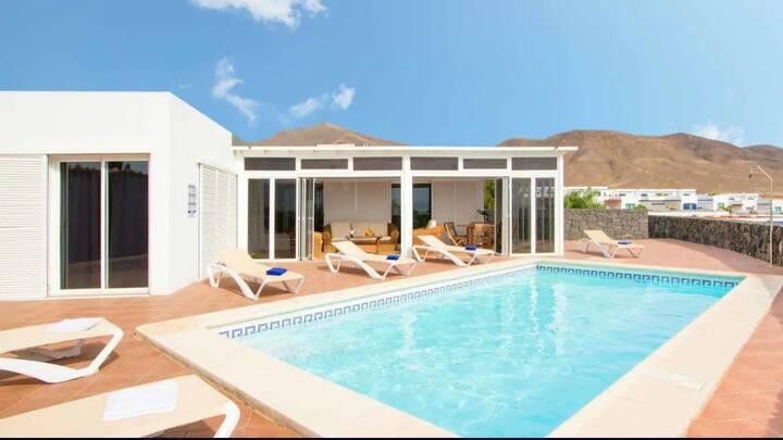 Villa Papagayo Relax (piscina climatizada)