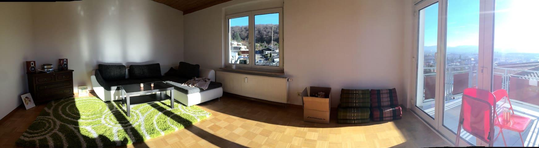 Schöne Wohnung,5 Minuten nach Basel - Grenzach-Wyhlen - Byt