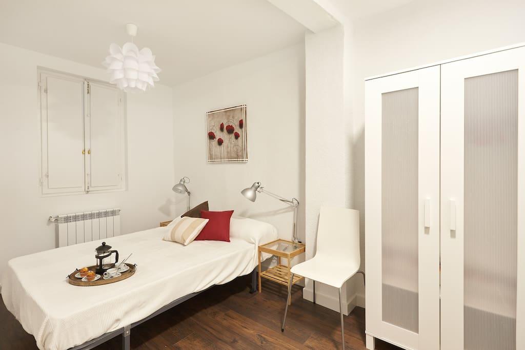 Apartamentos calderer a i y ii conjunto apartamentos en alquiler en pamplona navarra espa a - Alquiler apartamento pamplona ...