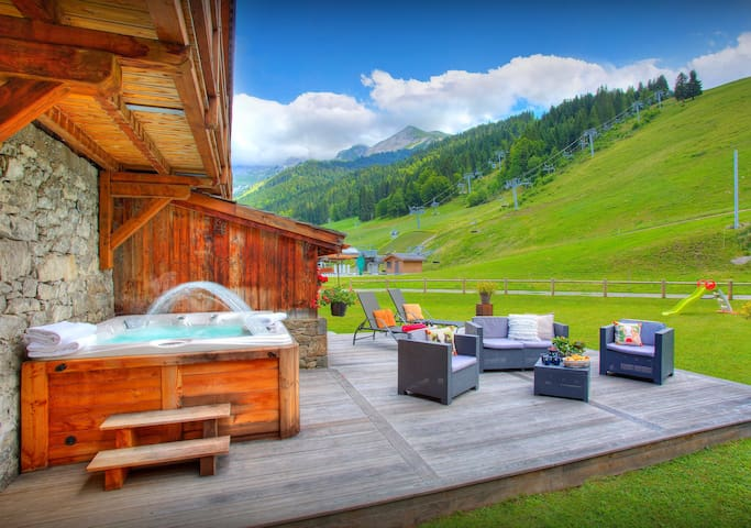 5* chalet at foot of ski lift in the heart of Alplne village - OVO Network