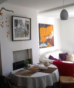 Jolie petite maison d'artiste