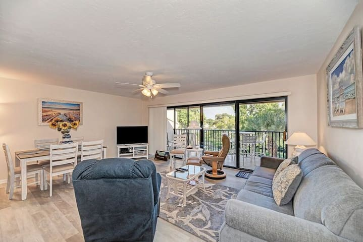 Siesta Key Condo.  Checkout our great rates!