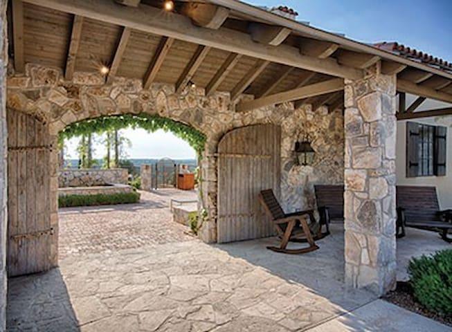 Stablewood Springs Resort - Hunt - Wohnung