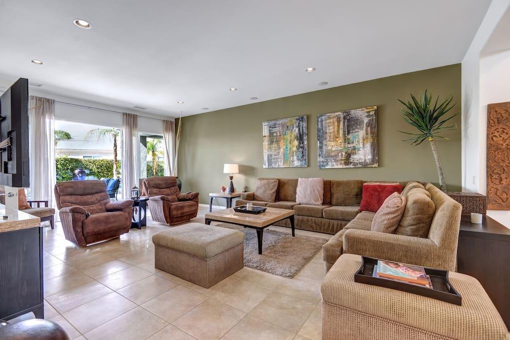 Spacious and Comfortable Living Room