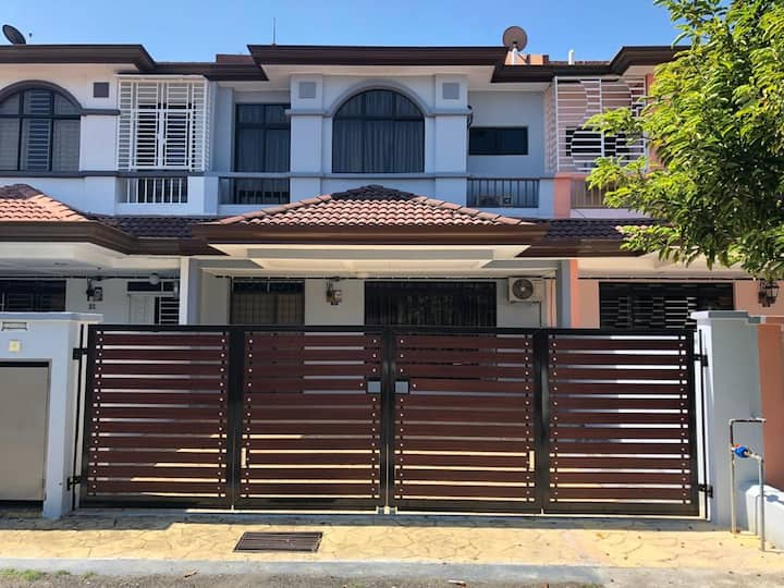 Impian Homestay Kota Laksamana, Bandar Melaka.