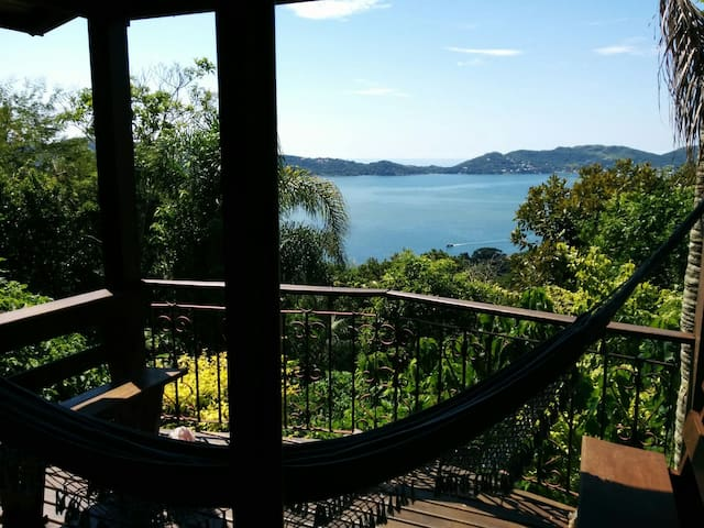 Loft whit a breathtaking views of Lagoon and Sea. - Florianópolis - Rumah