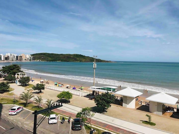 Ouvindo o mar em Guarapari (ES) Praia do Morro