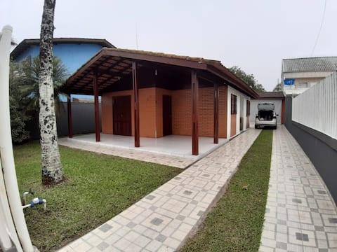 Casa de praia - Próx. ao Mar - Praia de leste
