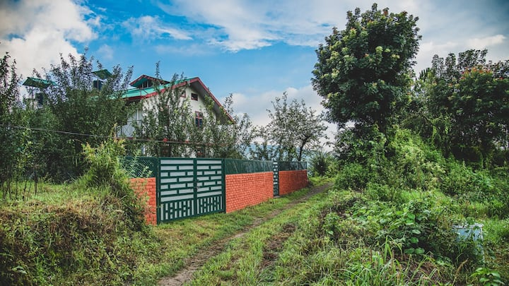 Buransh - A Village Homestay in Shimla Hills