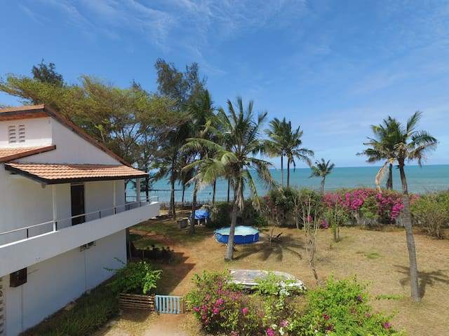 Apartment in Lively Family Beach Home - RAS KILOMONI, Bahari Beach - Departamento