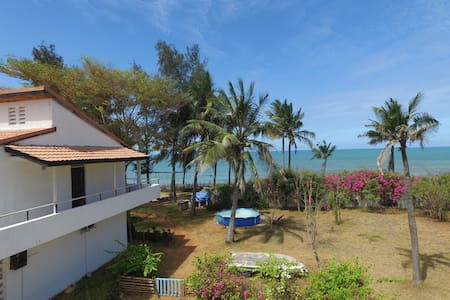 Apartment in Lively Family Beach Home - RAS KILOMONI, Bahari Beach - Daire