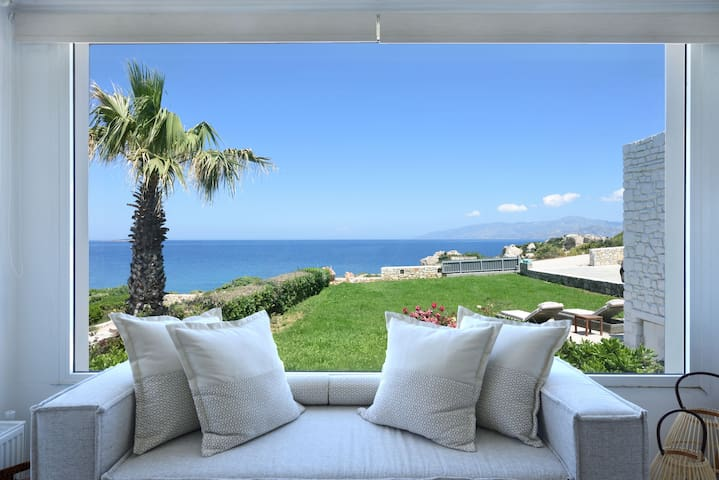Agia Thalassa - Beachfront Private Pool Villa