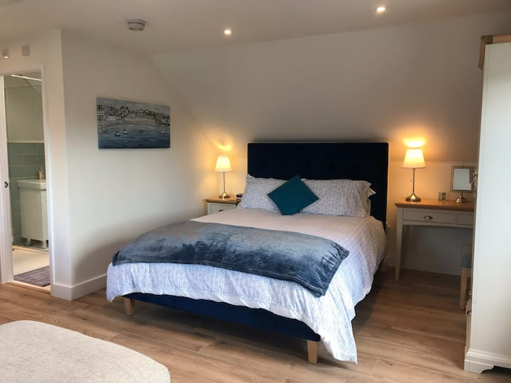 The Acorns, boutique-style studio in Lyme Regis