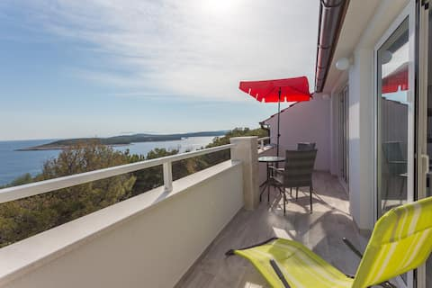 New apartment 2017 with a stunning sea view