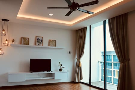 Top-Floor Residence in Vivacity Megamall