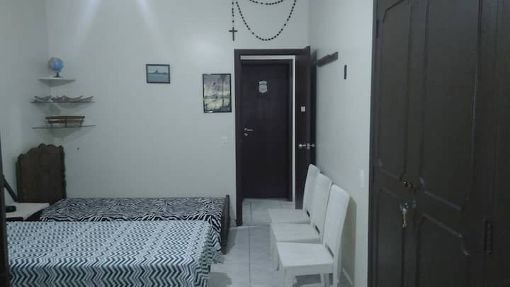 ³GREAT ROOM FOR UP TO 3 PEOPLE IN FLAMENGO