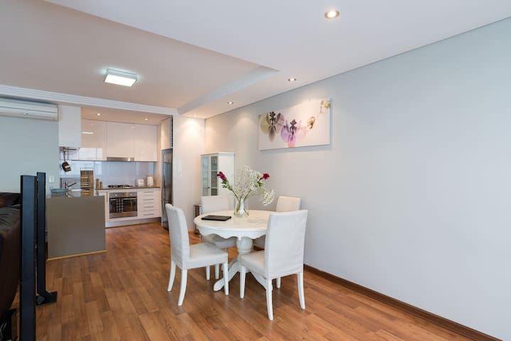 Dwell Well in Kings Cross,  2bd+Parking
