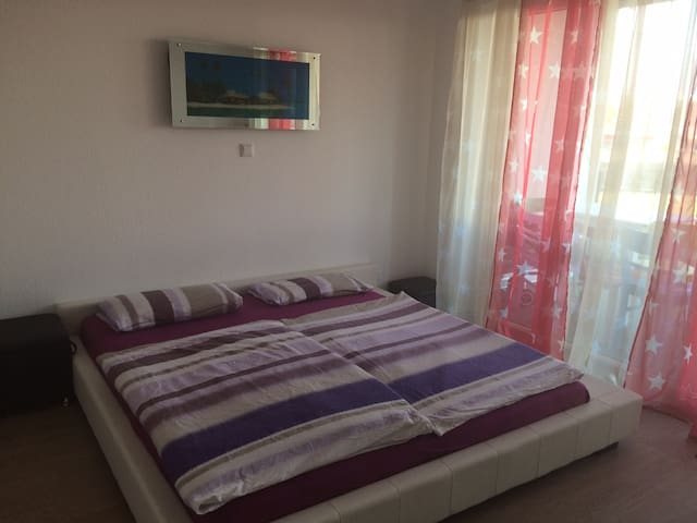 Nice room near frankfurt airport - Mörfelden-Walldorf - Apartment