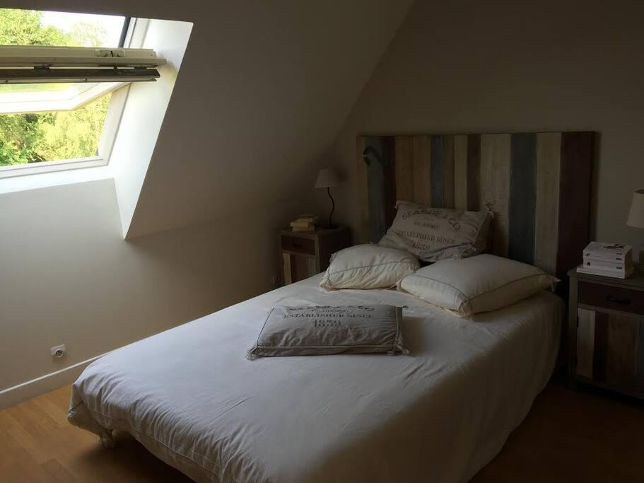 Chambre 3 avec lit bébé