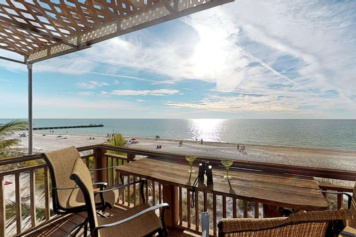 Beachfront view, toes in the sand and gulf. Simply paradise, book now your beach chair is waiting!