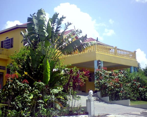 The Kool Rooms Guest House