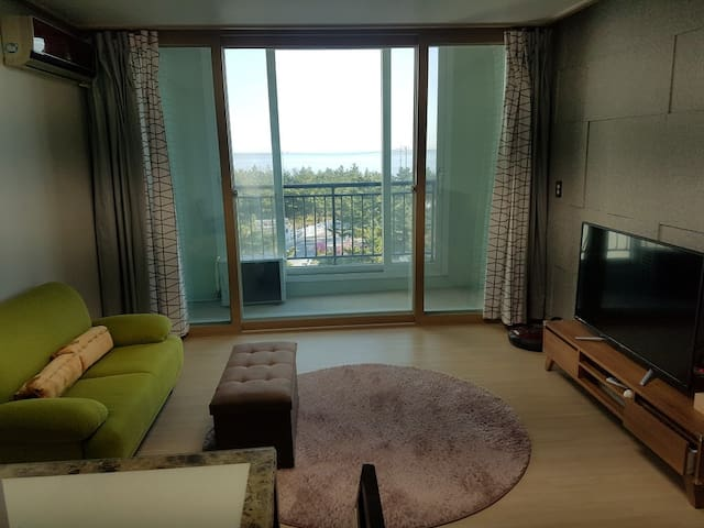 Ocean-view apartment, 5 minutes to the beach - Yeongok-myeon, Gangneung - Wohnung
