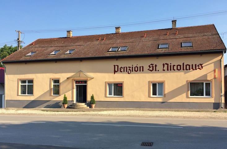 Penzión St. Nicolaus, Sečovce