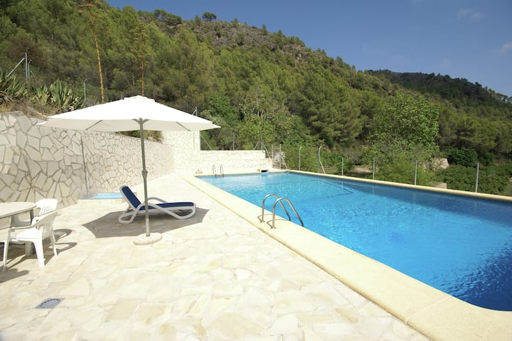 Pleasant Villa in Adsubia-Forna with Swimming Pool