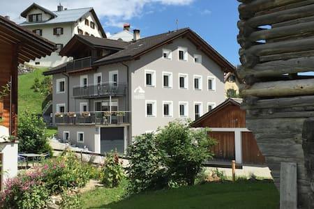 Casa Radieni in Flond GR - Wohnung