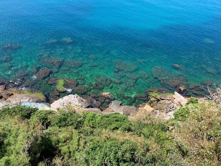 Casa  sul mare punta est del golfo di Palermo
