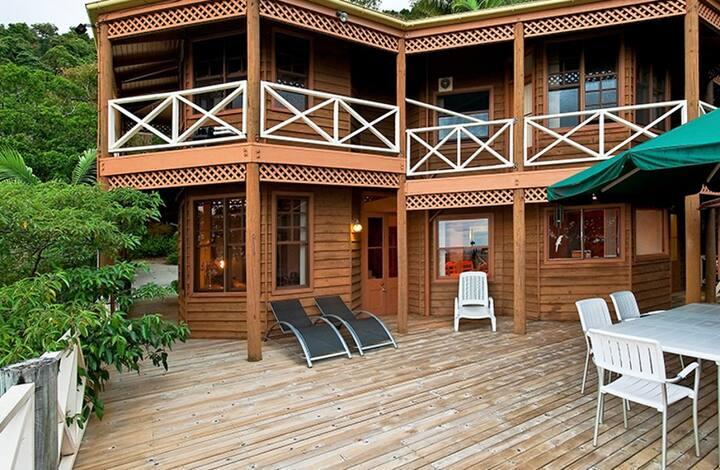 Sundance Lodge Treetops Montville