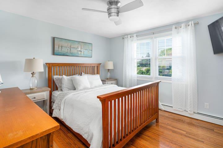 Bedroom #1 Upstairs Queen