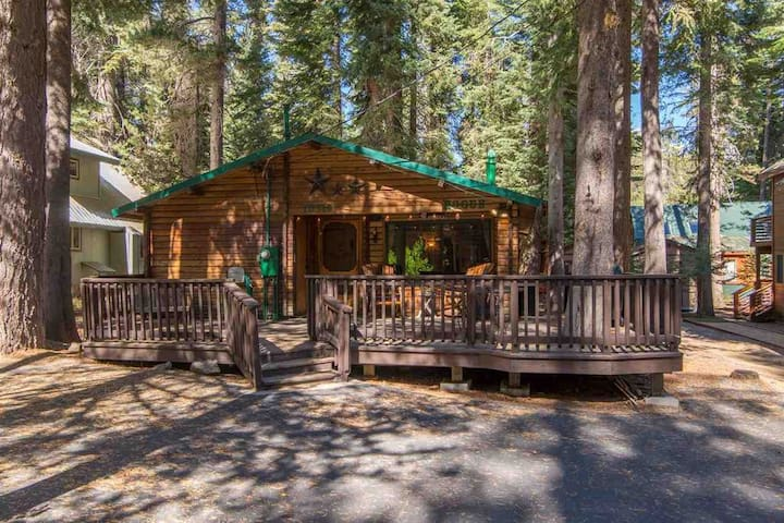 Peaceful Donner Lake Log Cabin Retreat - RCN 996 - Truckee - Kulübe