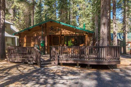 Peaceful Donner Lake Log Cabin Retreat - Truckee