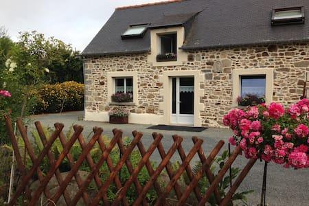 La porcherie, maison avec jardin - Plélo