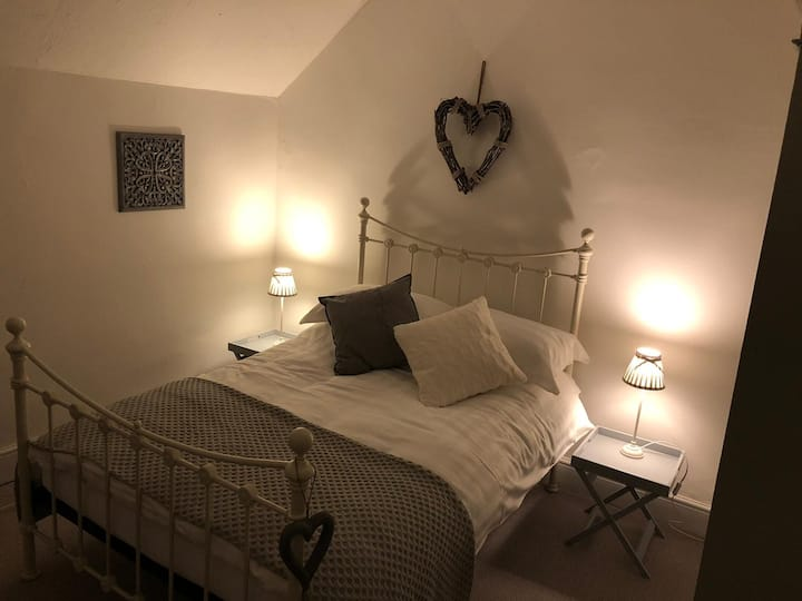 Charming Cottage In Llangernyw North Wales