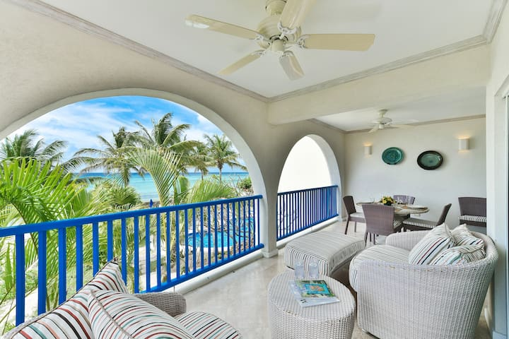 #203 Oceanview beachfront Maxwell Beach Villas