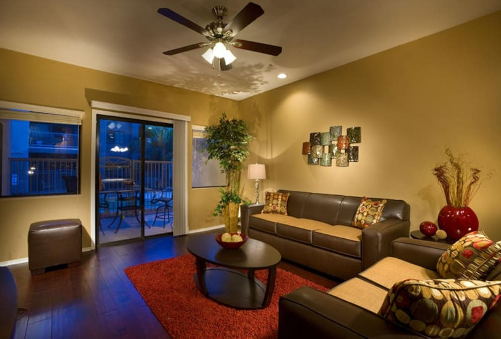 Beautiful high ceilings and open layout!