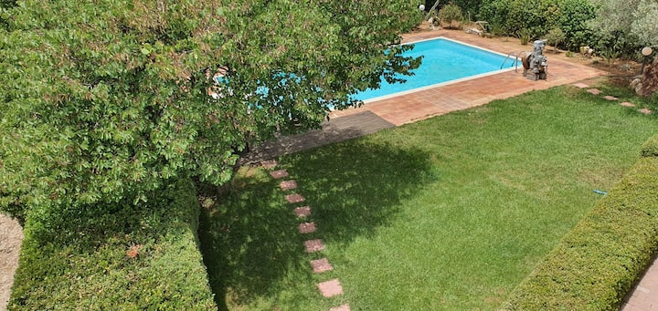 Secluded Villa near Nafplio with pool and bbq.