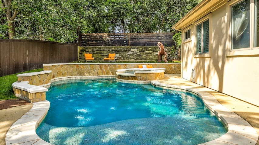 Cool off in the sparkling pool during the Texas summers!