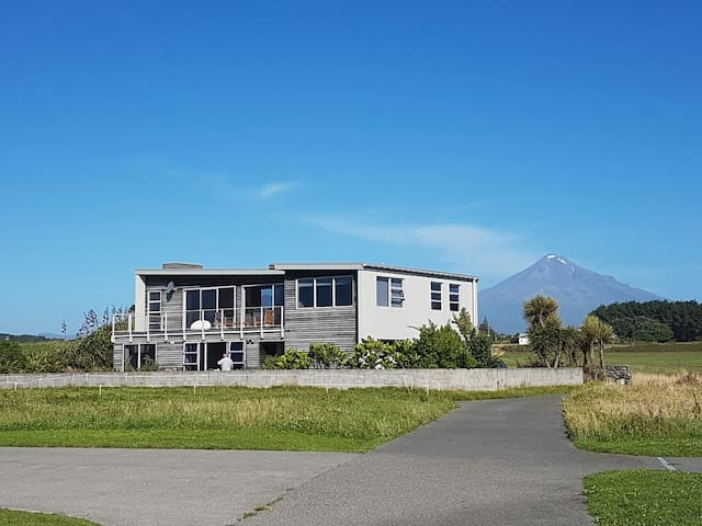 Coastal Retreat - Warea - Suite tetamu