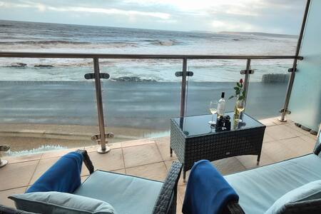 15 Horizon View - Beachside apartment