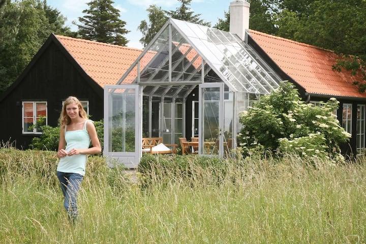 Gîte paisible à Askeby avec terrasse