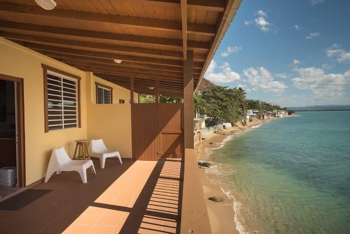 Spectacular Oceanfront Views, 1 Bedroom Apt