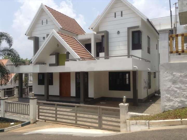 Kottayam-thellakam-caritas4bhk ac-furnished villa-