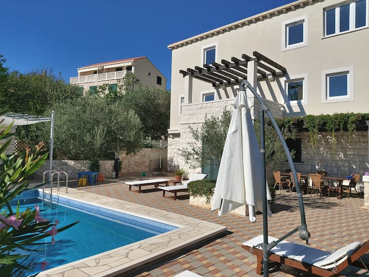 villa  Sandra with pool