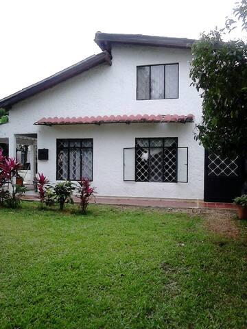 Habitación en Casa zona rural